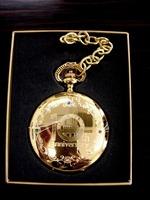 新名古屋ミュージカル劇場10周年のアニバーサーリーグッズの懐中時計