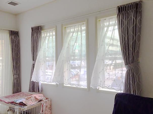 三連窓カーテンの施工事例